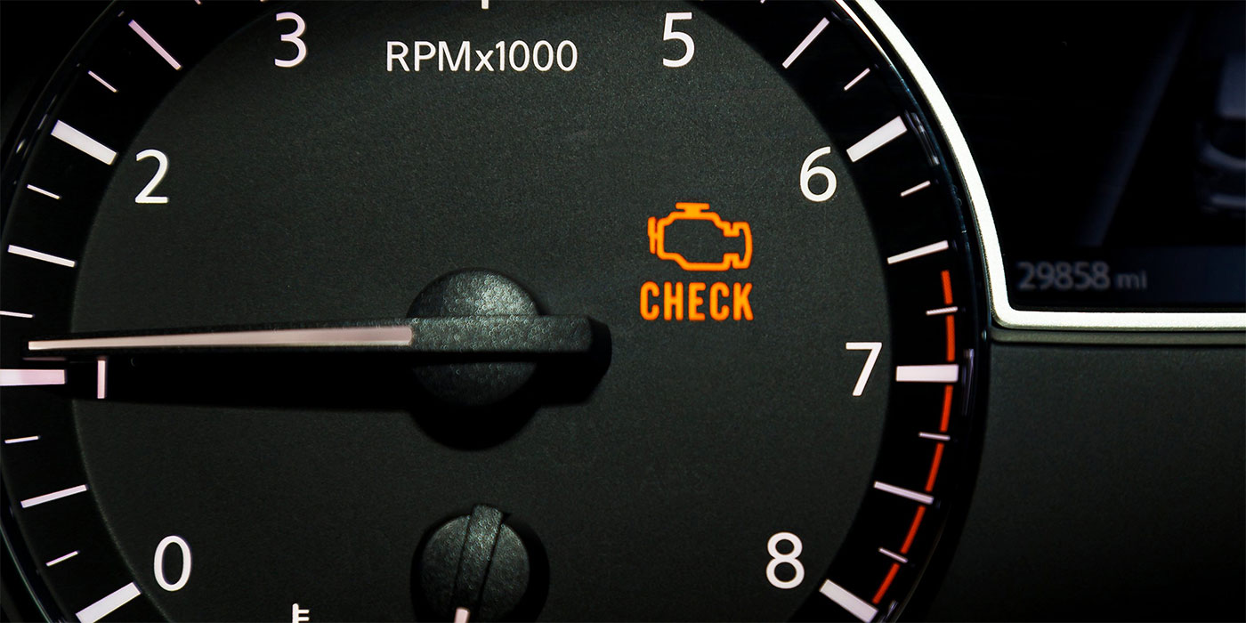 Check Engine encedida